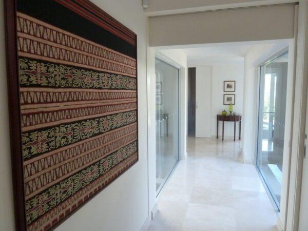 Floor Tiles White Travertine