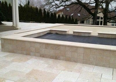 Ivory travertine unfilled and tumbled